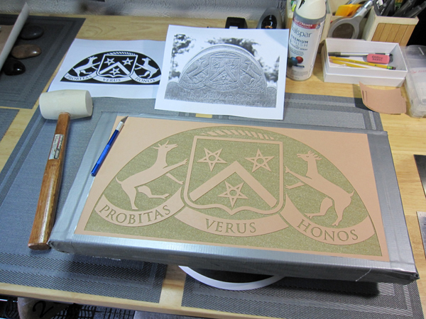 Vector graphic stencil for engraving